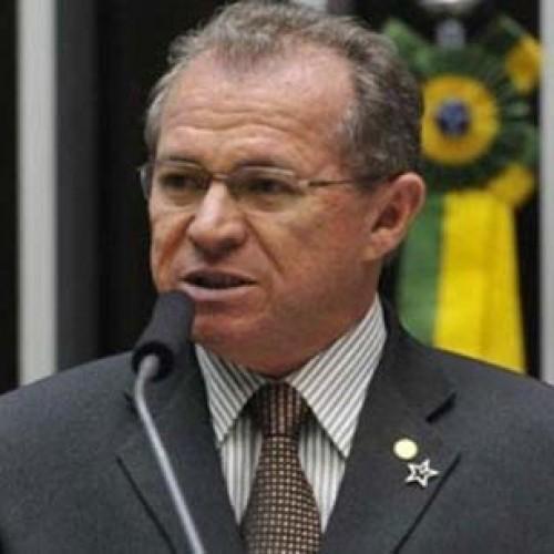 Parlamentar piauiense defende redistribuição da carga tributária