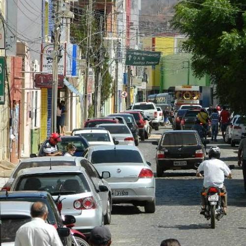 Mais de 23 mil veículos estão irregulares em Picos