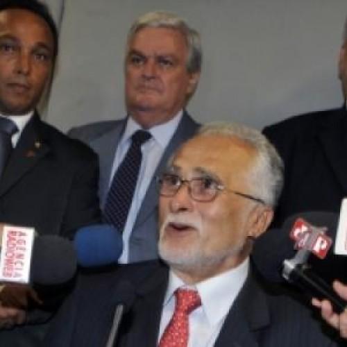 Genoino receberá R$ 20 mil por mês de aposentadoria após renúncia