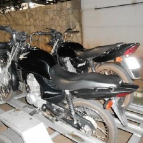 Polícia Militar de Itainópolis recupera duas motos furtadas