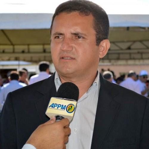 Prefeitos esquecem crise  e anunciam carnavais no Piauí
