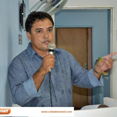 VERA MENDES: Na Câmara, prefeito destaca conquistas do primeiro ano de governo