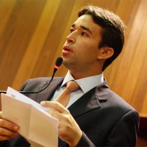 Deputado apresenta projeto sobre piso salarial dos assistentes sociais