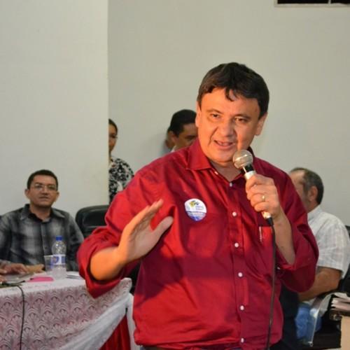 Wellington Dias participa de evento comemorativo aos 34 anos do PT em Picos