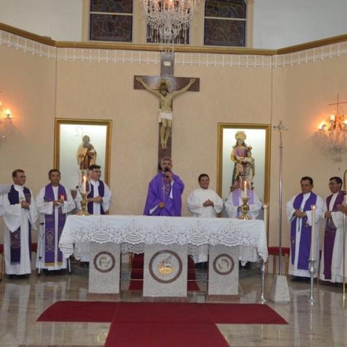 Fotos da solenidade de posse do padre Espedito Oliveira na Paróquia de Santa Ana, em Mosenhor Hipóito