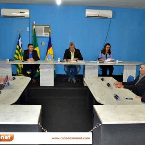 PADRE MARCOS: Projeto que reajusta salário dos vereadores é apresentado