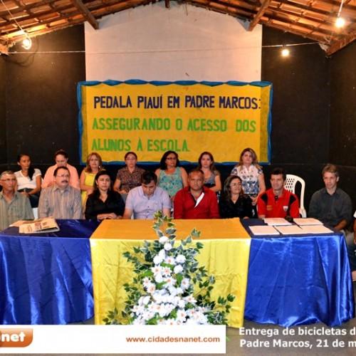 PADRE MARCOS: Fotos da cerimônia de entrega de bicicletas do Pedala Piauí