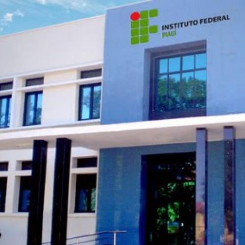 Professores do IFPI iniciam greve