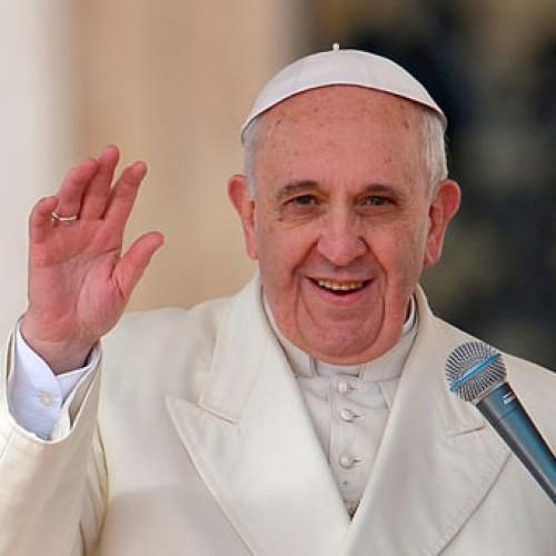 Papa Francisco faz um ano de pontificado