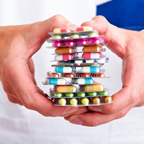 Medicamentos chegam às farmácias 12% mais baratos a partir desta semana