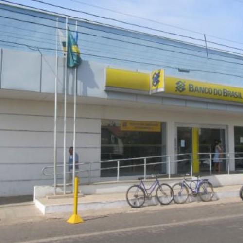 VALENÇA: Polícia prende acusados de tentar instalar 'chupa cabras' em agência do Banco do Brasil