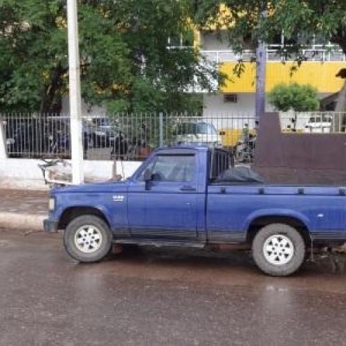 Carro é furtado de estacionamento privado no centro de Picos