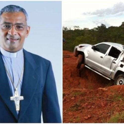 Bispo de Oeiras, Dom Juarez sofre acidente no Piauí; fotos