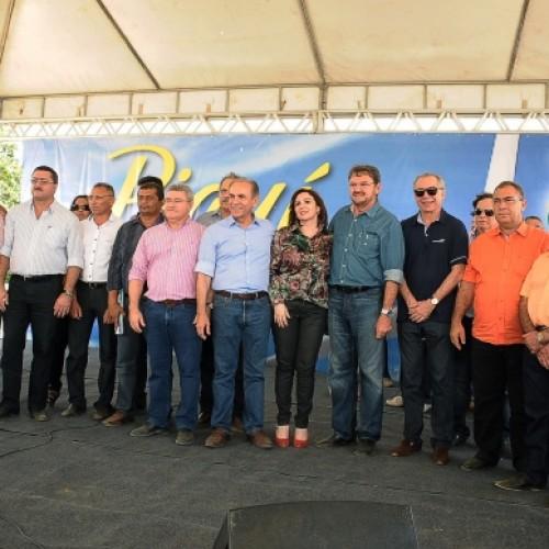Parque Eólico Ventos do Araripe é lançado em Simões