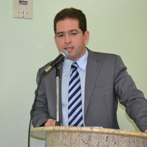 Vereador Mávio cobra melhorias nos serviços de telefonia e internet móvel em Jaicós