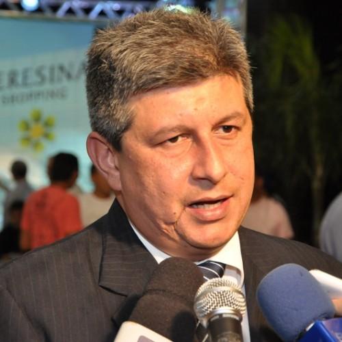 Governador Zé Filho finaliza lista do secretariado; confira novos nomes