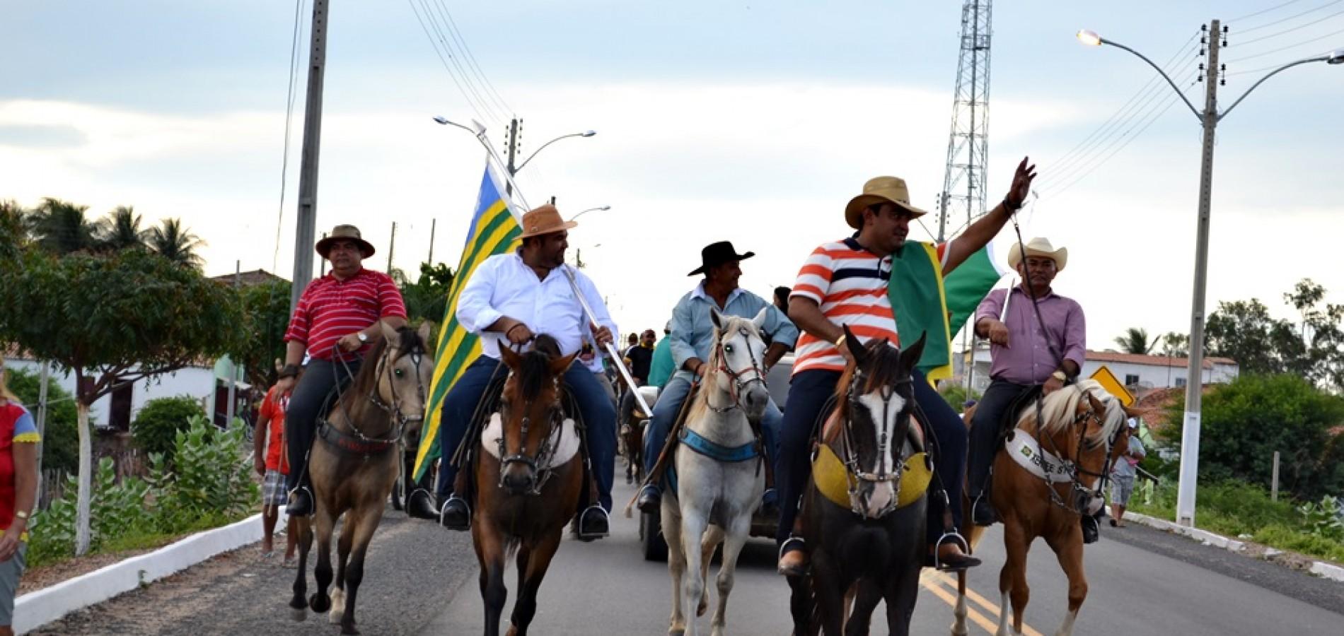 Alegrete do Piauí 22 anos: Cavalgada