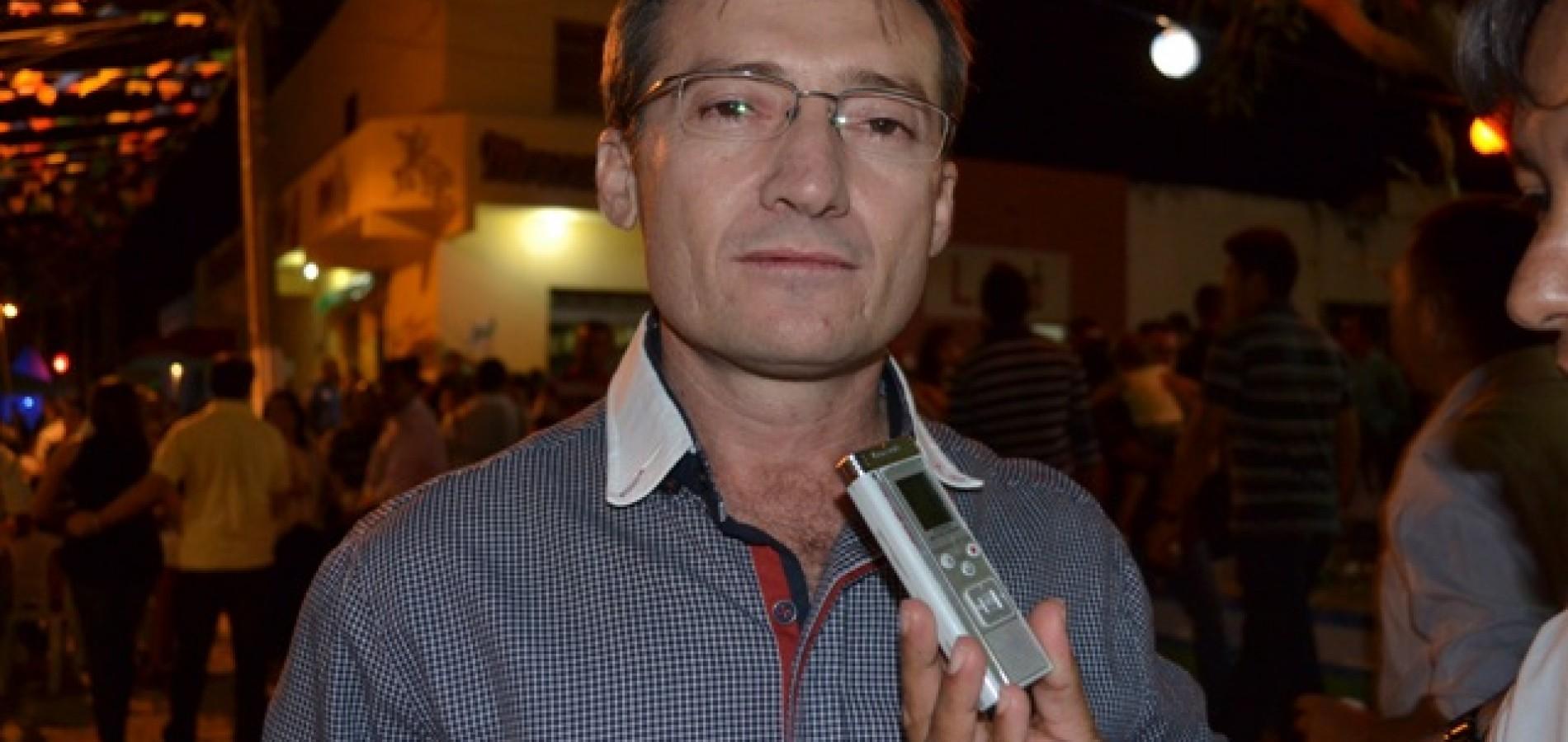 MASSAPÊ: Chico Carvalho anuncia a primeira atração das festas juninas