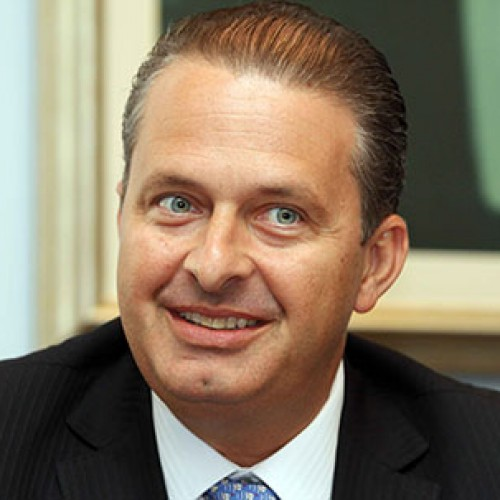 Candidato a presidente Eduardo Campos morre em acidente de avião em São Paulo
