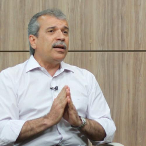 João Vicente critica empréstimo e obras inacabadas do governo Wilson