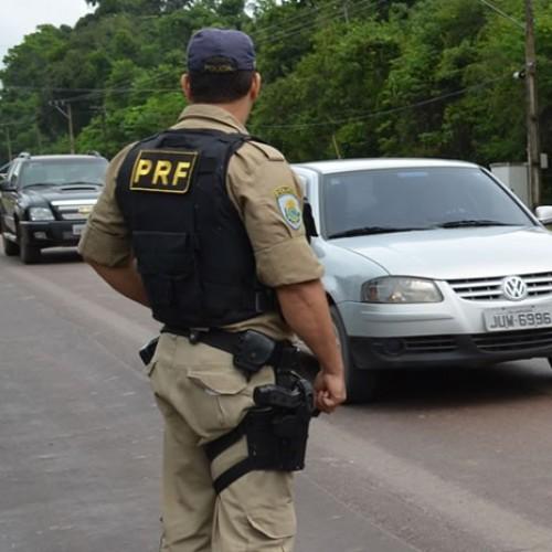 PRF flagra veículos com excesso de velocidade no Piauí