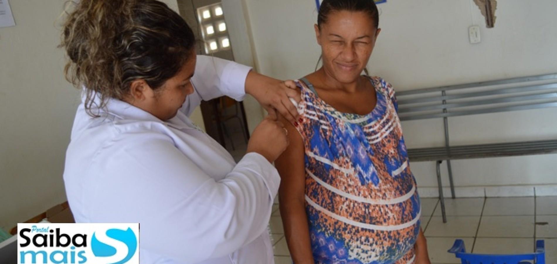 """Dia """"D"""" de vacinação contra a gripe é realizado em Jaicós"""