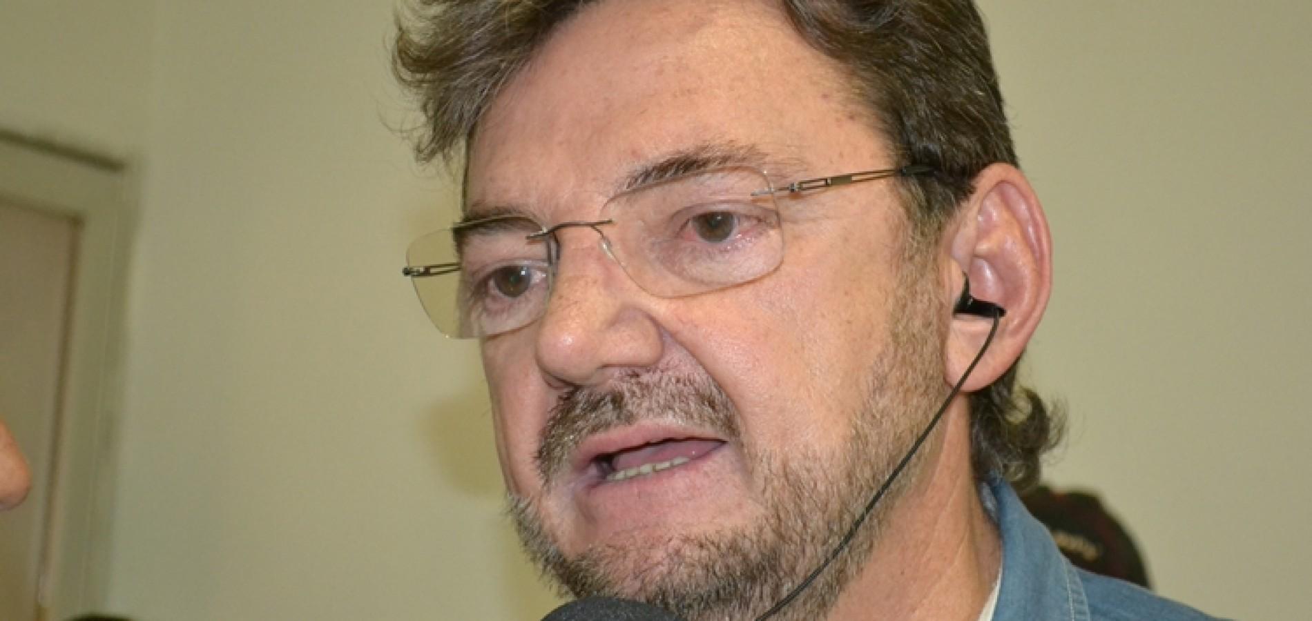 Wilson Martins responde JVC: 'Em oito anos não arrumou um tostão'