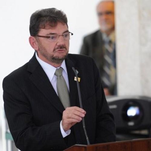 Sete governadores renunciaram aos mandatos para disputar eleições