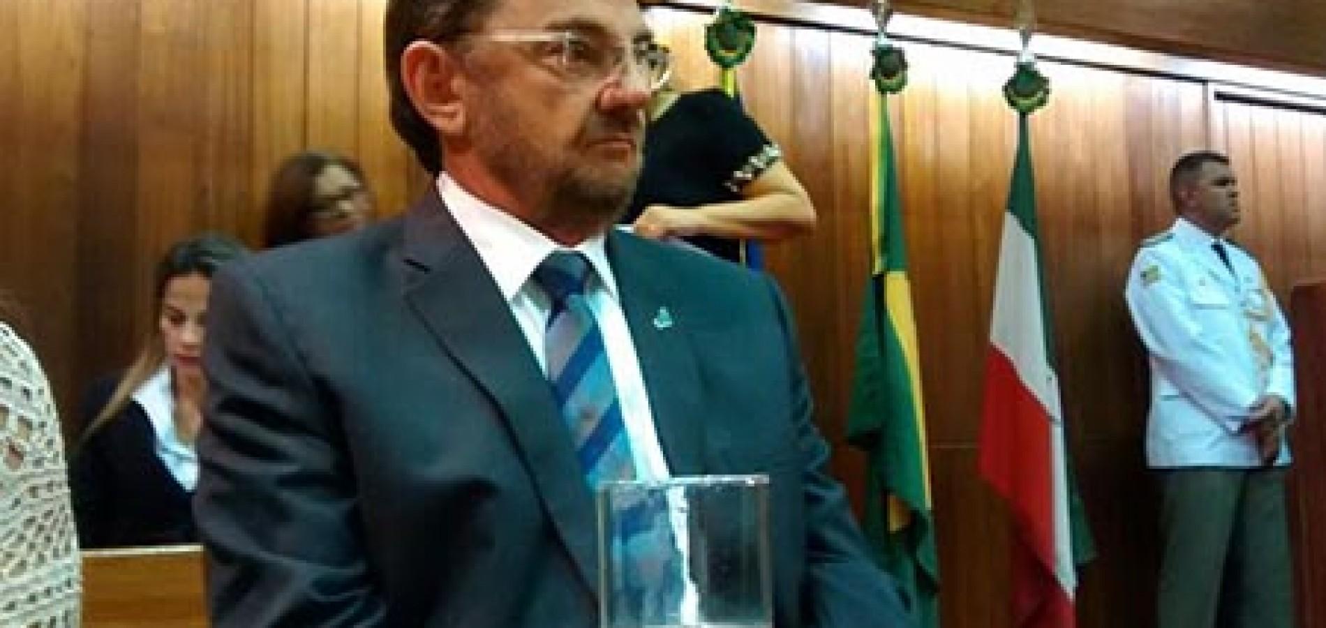 """Carta de renúncia, Wilson Martins diz que agora é """"cidadão comum"""""""