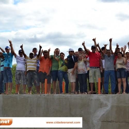 PATOS: Prefeito entrega barragem na zona rural