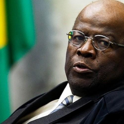 Ministro Joaquim Barbosa anuncia renúncia e aposentadoria do Supremo Tribunal Federal