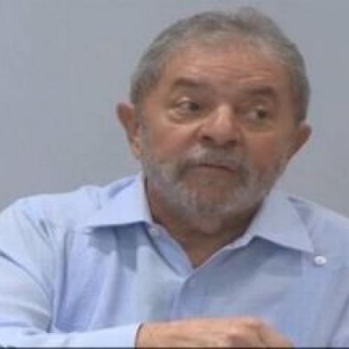 Lula diz decepcionado com críticas a Copa no Brasil