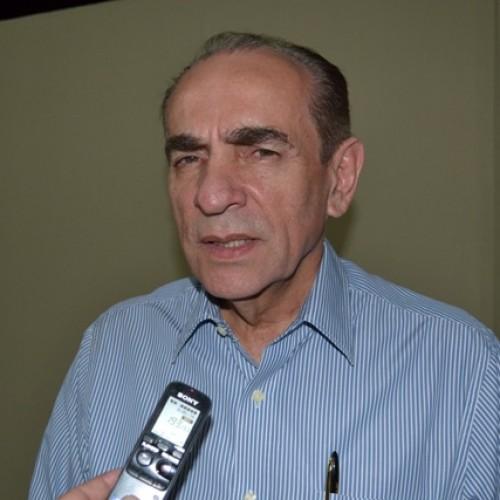 Em meio a crise, Marcelo Castro suspende pré-campanha a governador