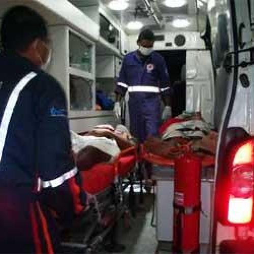 Dois homens ficam feridos após colidir moto numa vaca na BR 230
