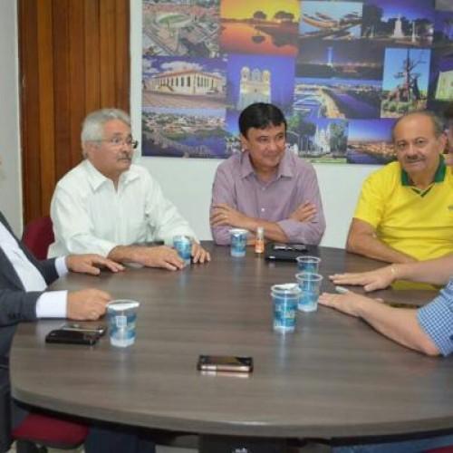 Chapa fechada: deputados do PTB se reúnem com Wellington e Elmano Ferrer