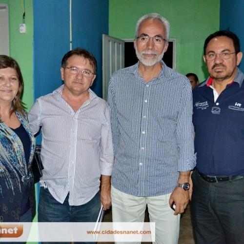 Em Massapê, Jesus Rodrigues confirma que não será candidato e anuncia apoio a Merlong