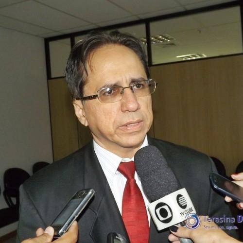 Procuradoria investiga governo por repasse a 211 cidades do Piauí
