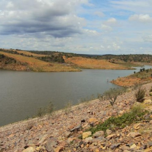 Barragem Piaus está apenas com 13% de sua capacidade e preocupa cinco cidades