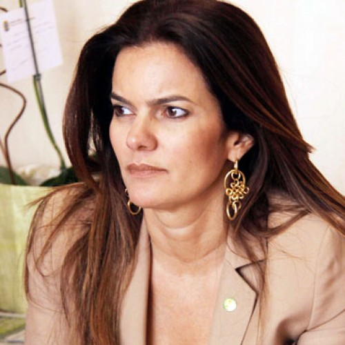 Iracema Portella lidera ranking dos políticos com mais curtidas no facebook; veja lista