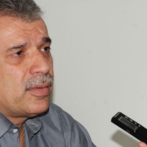 João Vicente anuncia hoje  que desiste da reeleição