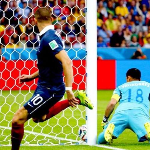 Dia histórico: Gol 'com tecnologia' marca a vitória da França sobre Honduras