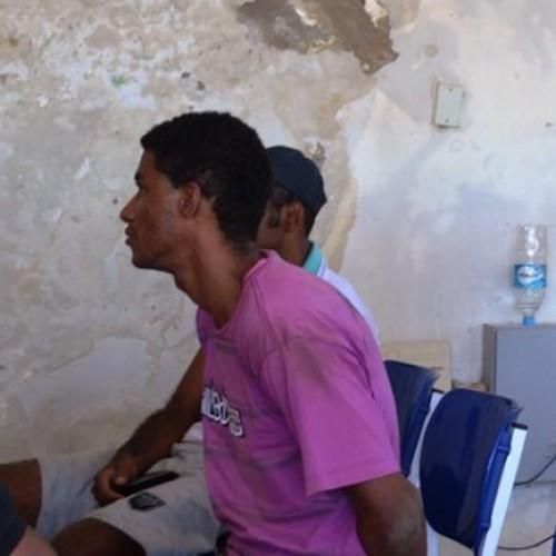 PICOS: Dupla é presa após cometer roubo em residência no Junco