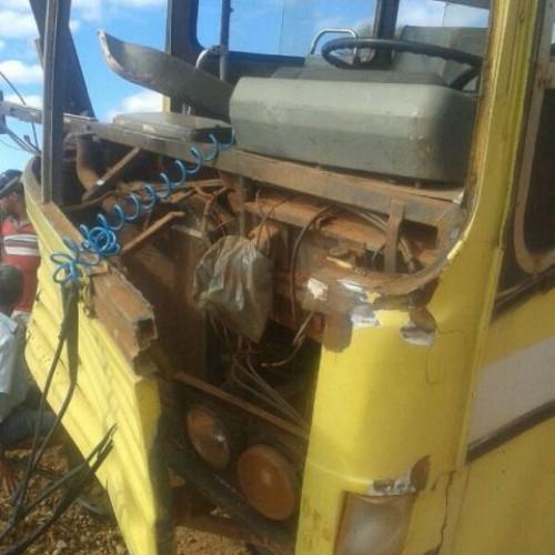 Picos: Obra sem sinalização provoca acidente na zona rural