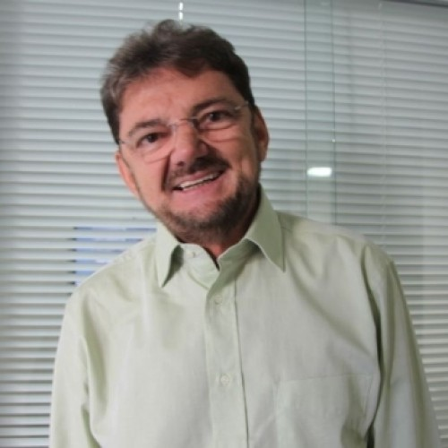 Após protestos, Wilson Martins diz que país espera postura convincente