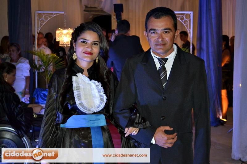 Maiele com o pai, o empresário Mariano Carvalho