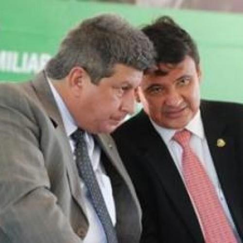 Wellington Dias e Zé Filho recebem adesões no interior