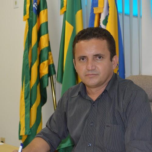 TRE julga improcedente ação contra prefeito de Vila Nova Arinaldo Leal