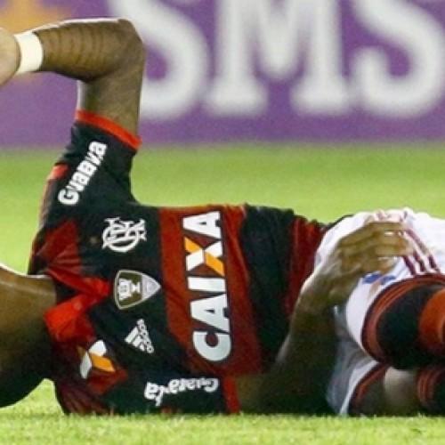 Flamengo assume a lanterna e ainda perde o zagueiro Samir