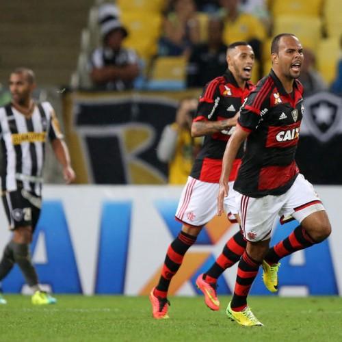 Na volta de Luxa, Fla joga bem, vence Botafogo e deixa lanterna