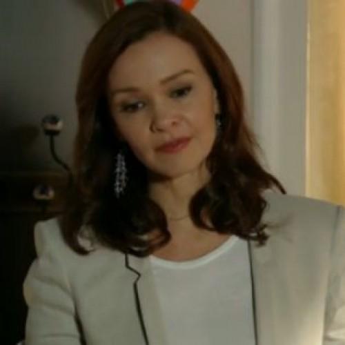 Para defender Luiza, Helena dará surra em Laerte e dirá que pensou em matá-lo
